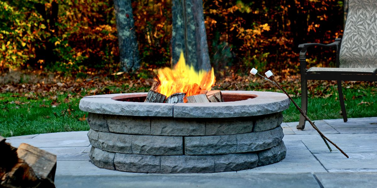 An Introduction Of Outdoor Fireplaces